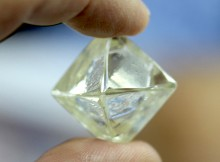 diamcor-mining-just-found-this-rare-green-diamond-at-s-africa-project